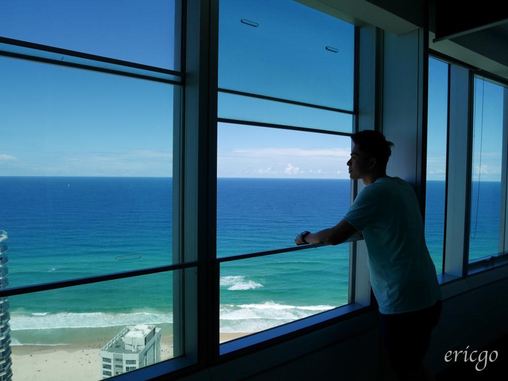 澳洲|黃金海岸住宿推薦 Q1 Spa 度假村 (Q1 Resort and Spa) – 澳洲最高摩天大樓,超級海景200平方米三房公寓