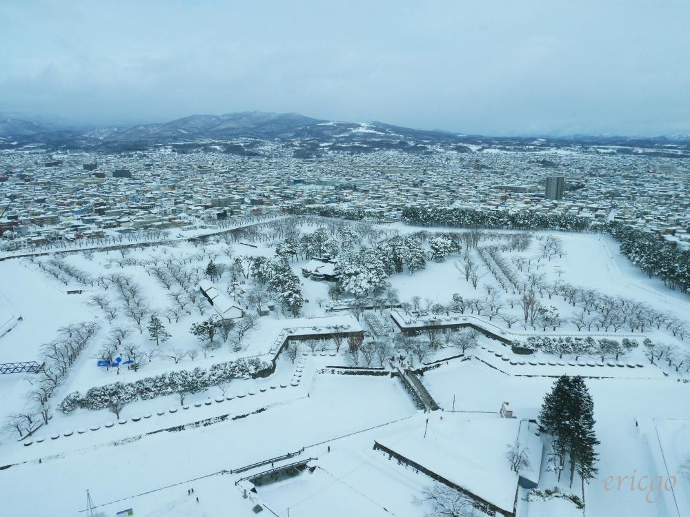 北海道、函館|五稜郭塔 – 雪白天地中的閃亮星星,函館必去景點、交通資訊介紹