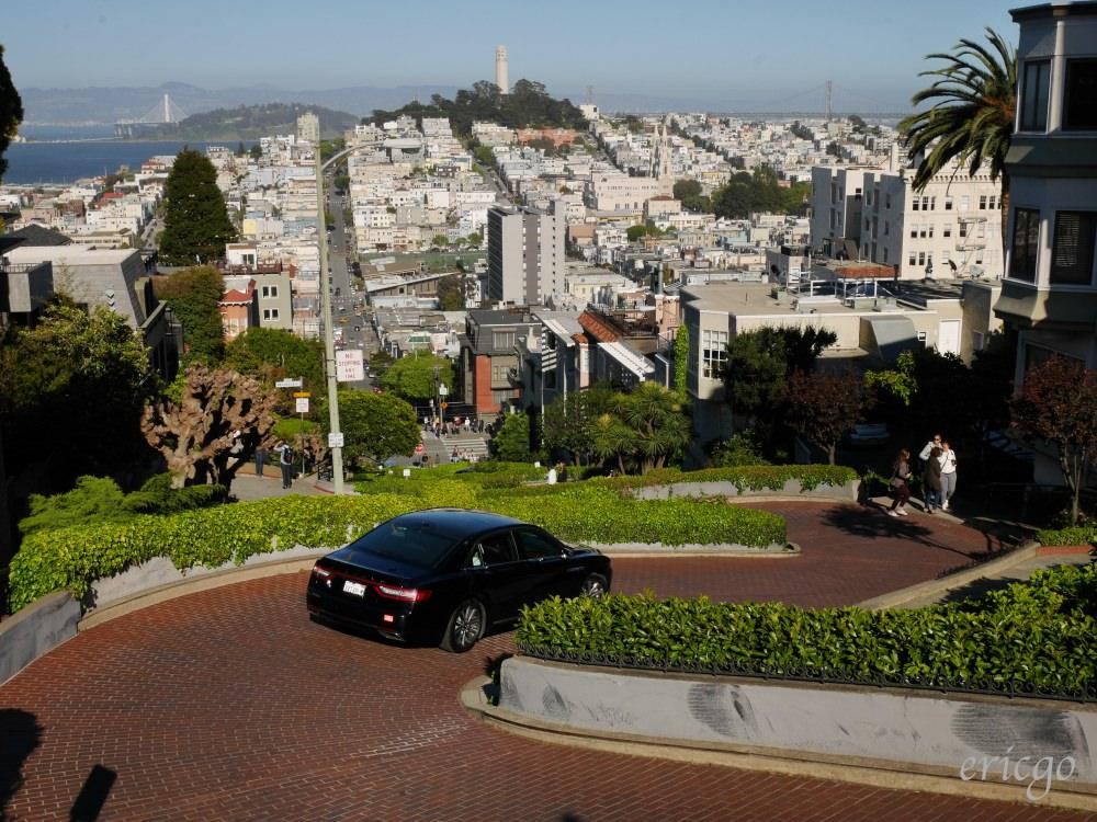 舊金山|九曲花街 Lombard Street – 舊金山必去景點,全世界最彎曲的一條街!