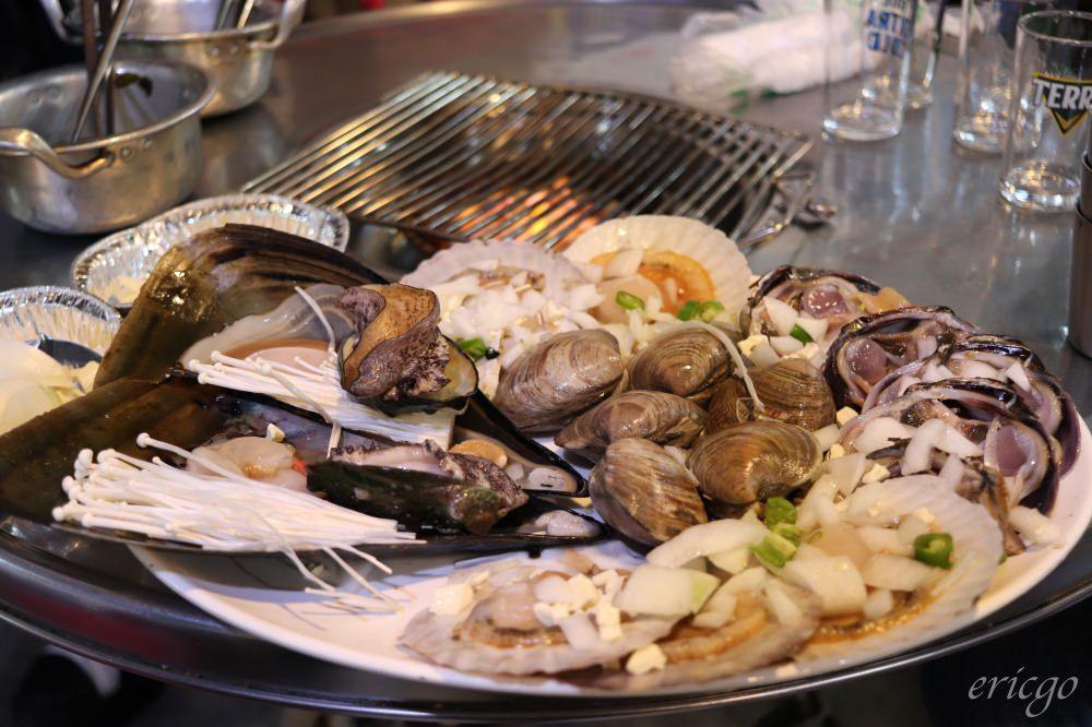 釜山|수민이네秀敏家炭火烤蛤蠣 – 青沙浦必吃美食推薦,綜合烤貝吃法新鮮又獨特