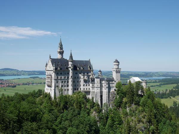 德國|新天鵝堡 Neuschwanstein Castle+林德霍夫宮Linderhof Castle – 一生必去傳說中的絕美夢幻城堡,KKday一日遊交通行程免煩惱!