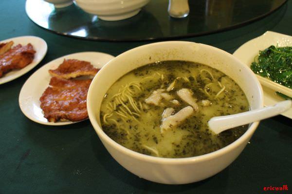 [上海] 蘭桂坊酒家老上海特色麵 – 鮮美濃郁黃魚煨麵、道地上海美食推薦