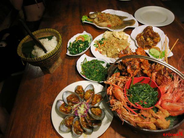 [峇里島] Bale Udang 水上餐廳 – 庫塔/水明漾區餐廳,水上發呆亭造景,享用豐盛美味印尼菜餚
