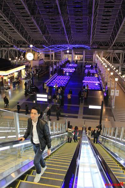 [日本關西] JR大阪站時空的廣場: 梅田Snowman Festival「暮之光魔幻世界」