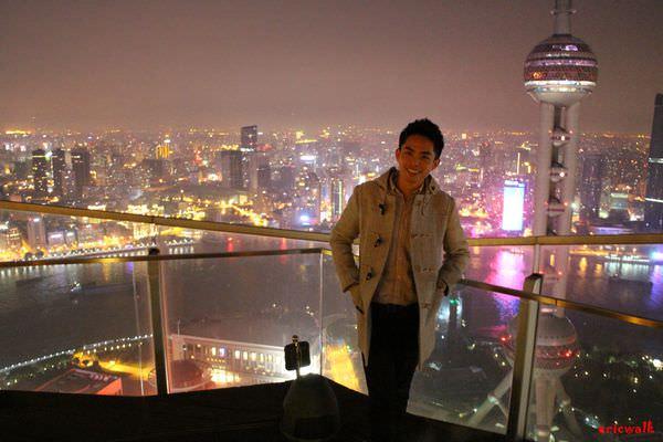 [上海] Flair 頂層餐廳酒吧 – 與東方明珠近距離接觸的醉人高空美景