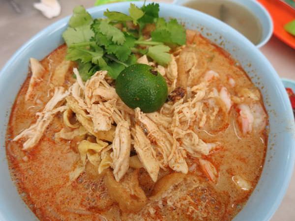 [沙巴] 怡豐茶室YEE FUNG – 加雅街道地美食推薦,美味又實惠的叻沙Laksa好好吃