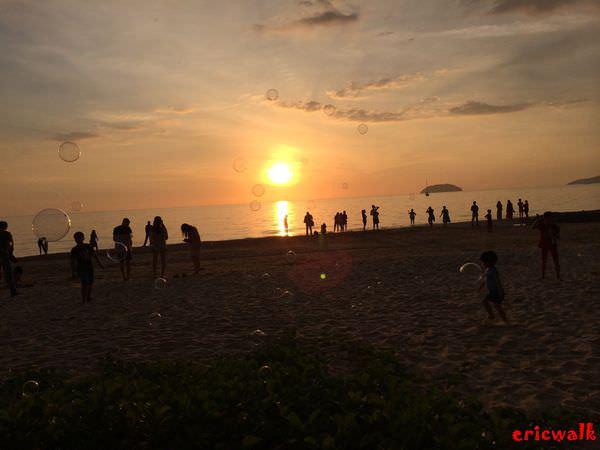 [沙巴] Tanjung Aru 丹絨亞路海灘 – 沙巴最美的夕陽、日落魔幻時刻