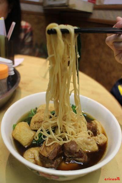 [香港] 新記車仔麵 – 銅鑼灣登龍街特色港式麵食、多款美味滷水任君挑選