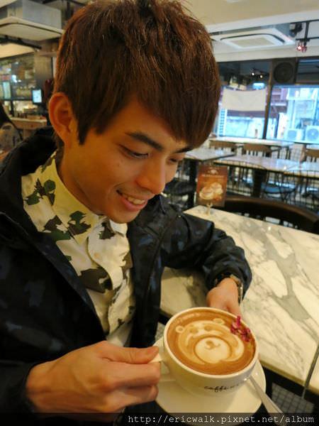 [香港] caffe HABITU 蘭桂坊店 – 質感精美、氣氛佳的連鎖香港咖啡廳推薦