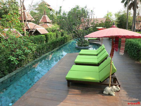 [清邁] Siripanna Resort 斯麗帕娜別墅度假村 – 超迷人環型泳池、蘭納風格幽靜度假村住宿推薦