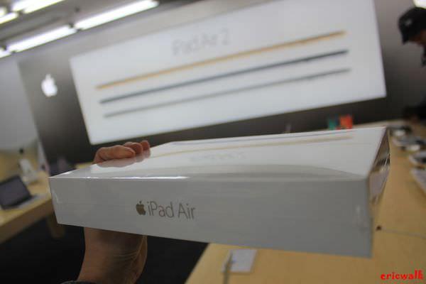 [日本] 大阪BIC CAMERA難波店- 金色 iPad Air2 128GB 日幣¥75800外國人免稅購買紀錄、MacBook Air 超便宜