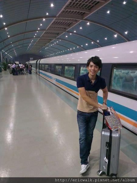 [上海] 磁浮列車初體驗 -地鐵2號線靜安寺站上海希爾頓酒店