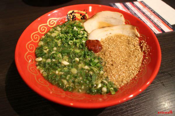 [福岡] 暖暮拉麵(西新店) – 九州票選第一名,福岡必吃超美味「蔥芝麻拉麵」