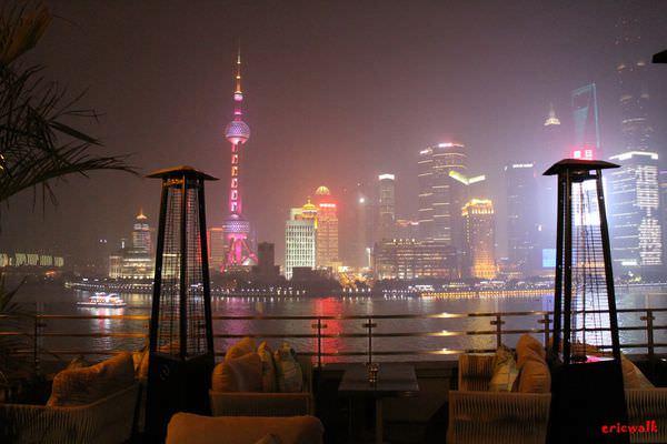 [上海] POP美式餐廳酒吧 – 外灘三號得天獨厚好位置、欣賞超棒外灘浦東美景